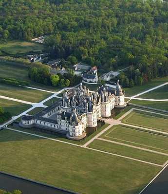 Castelo de Chambord: o maior palácio do vale do rio Loire