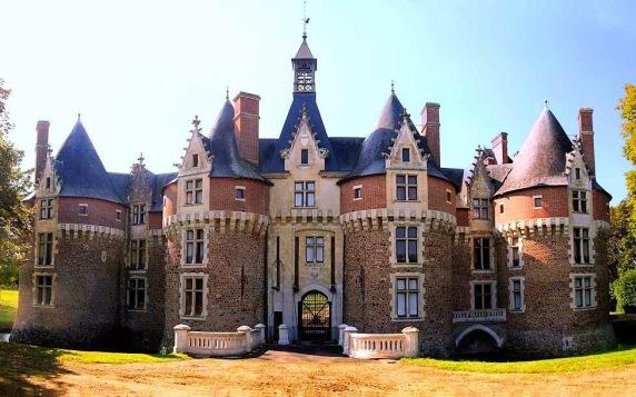 Castelo de Bonnétable, Loire, França